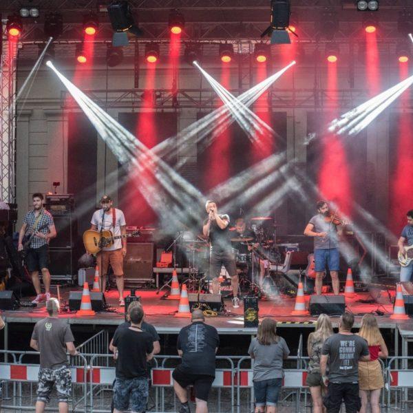 Brünnfield | brněnská rock-folk-punk kapela