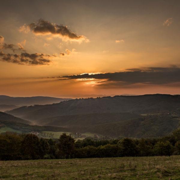 Vyškovec a Žítková při východu slunce…